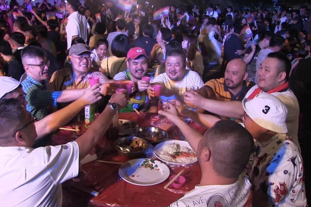 A_big_fat_taiwanese_samesex_weding_banquet_2